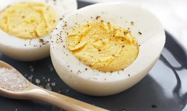Hard-Boiled Eggs: Five Ways To Make The Perfect Protein Breakfast