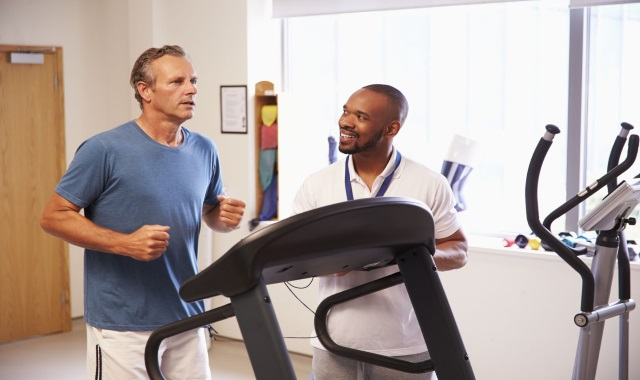Should you Go Treadmill or Outdoors to Run?